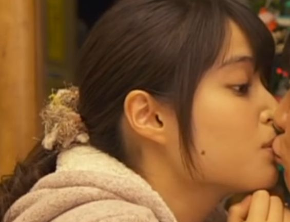 【広瀬アリス】可愛いキス顔をつくるラブシーン