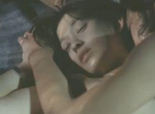 【片岡礼子】濃密なエロスを楽しむ濡れ場