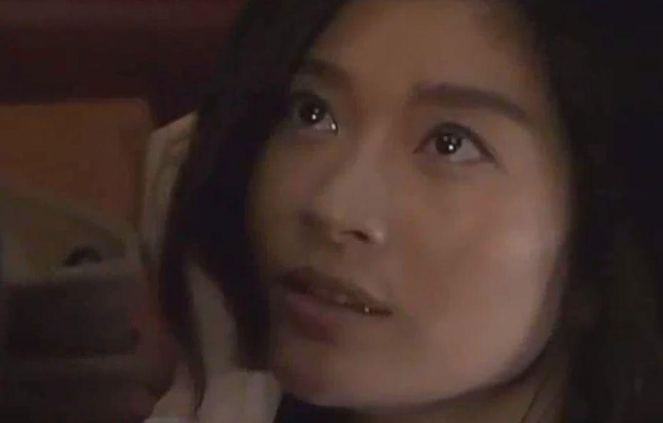 【篠原涼子】誘うような視線に変わる濡れ場