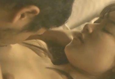 【柳英里紗】セクシーな裸身を見せた濡れ場