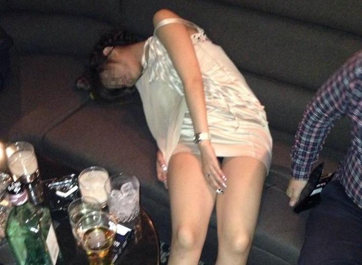 忘年会・新年会で酔いつぶれた女の末路
