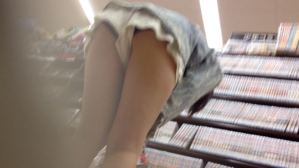 ショーパン・キュロットで安心しきってるシロウトはパンツ丸見え見えまくり