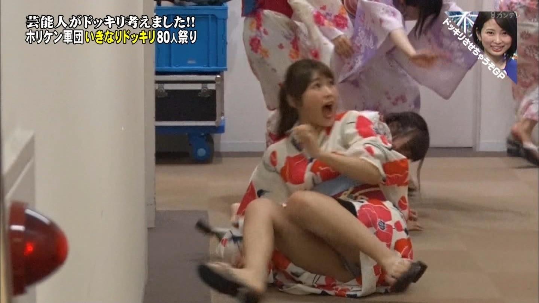 アダルト画像3次元 - NMB48繁華街凪咲のテレビに映ったモロパン・スイムスーツエロ画像