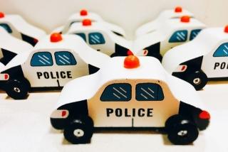 警察車両の張り込み