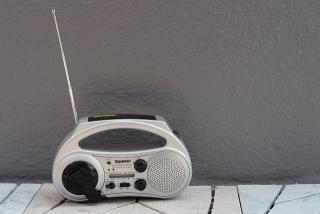 盗聴はラジオ受信と同じこと