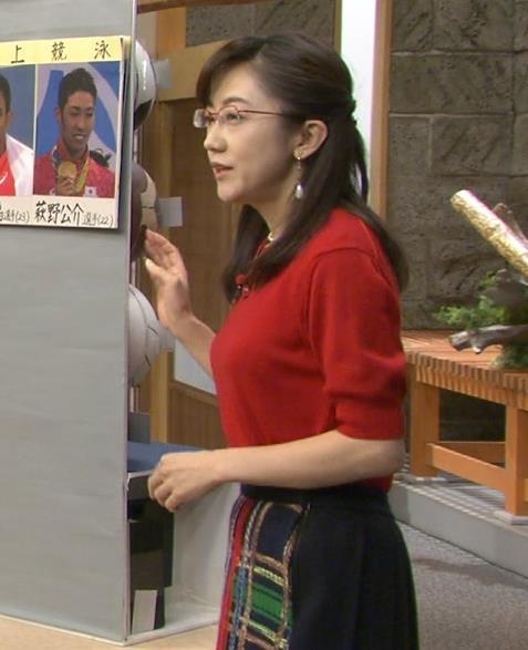 唐橋ユミ 横乳画像5