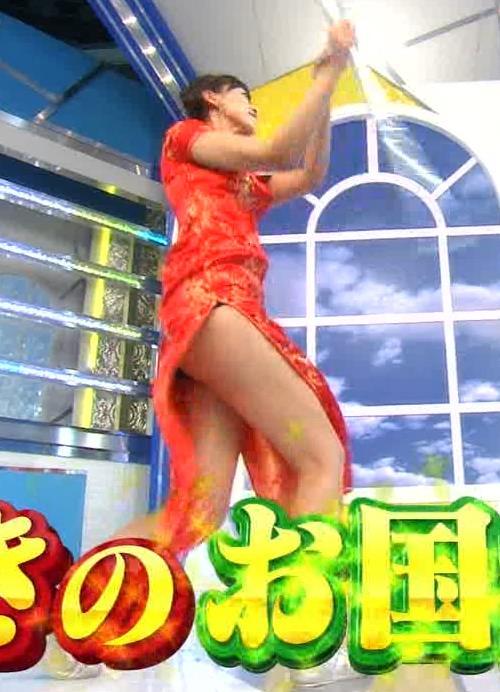 梨衣名 セクシードレス画像4