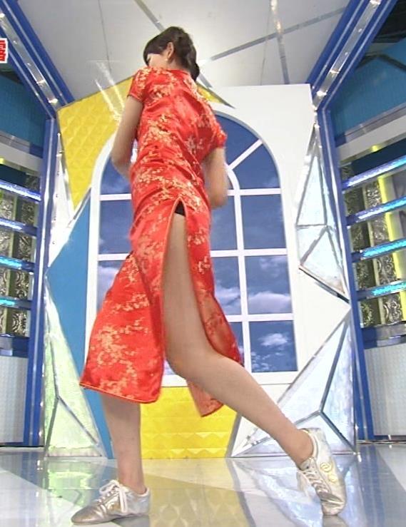 梨衣名 セクシードレス画像10
