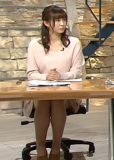久冨慶子 美脚画像