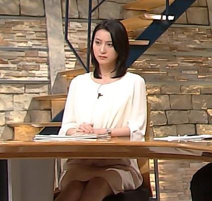 小川彩佳 パンチラ画像3