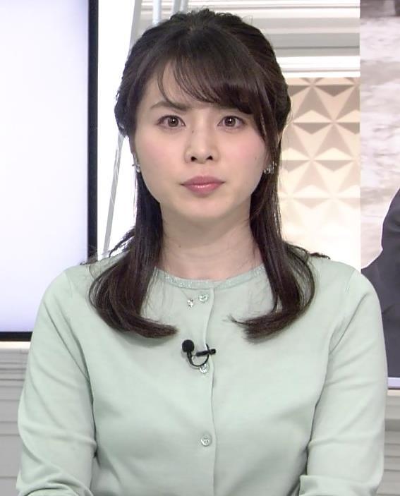 皆川玲奈 横乳画像2