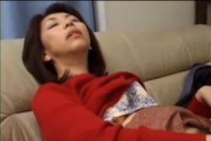 (モザ無)野宮凛子 50代美人妻のおまんちょに遠慮なく生入れする無料urabideoムービー
