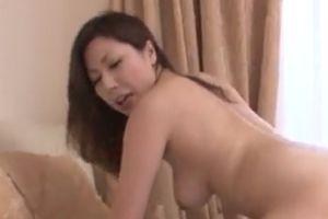 【無修正】30代エロ妻のおまんこ生ハメする無料エックスビデオ動画