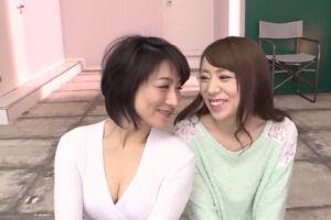 (モザ無)人気人妻女優の小娘とオヤコ丼でおまんちょハメる無料裏ビデオムービー