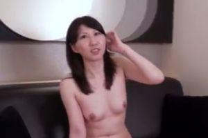 【無修正】30代人妻とホテルで密会する無修正熟女動画