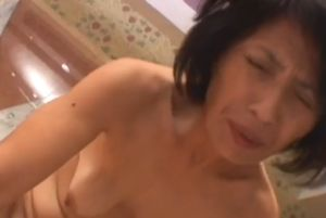【無修正】50代熟女をイカせる無料裏ビデオ動画