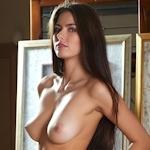 ロシア美女 Arianna セクシーヌード画像