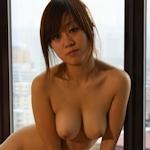 美乳な中国美女モデル 柳柳(LiuLiu) のヌード画像