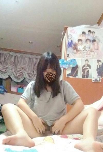 韓国の巨乳美少女の自分撮りヌード画像 3