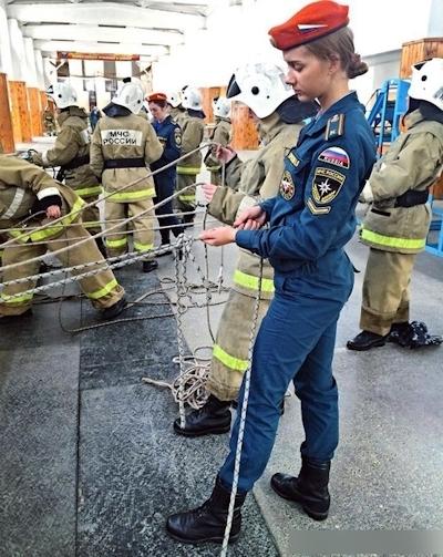 ロシアの美人消防士 5