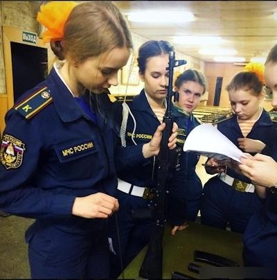 ロシアの美人消防士 9