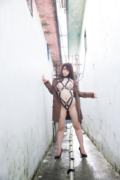 Iカップグラドル 真東愛 セクシーヌード画像 20