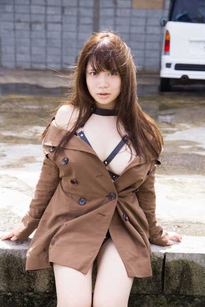 Iカップグラドル 真東愛 セクシーヌード画像 21