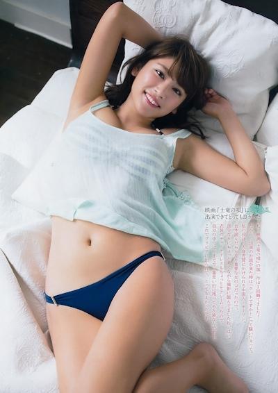 久松郁実 セクシーグラビア画像 10