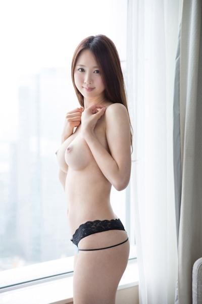 Fカップ美巨乳の20歳清楚系美女のセクシーヌード画像  7