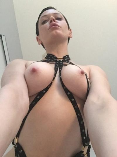アメリカ女優 Rose McGowan (ローズ・マッゴーワン) セックステープ流出の画像 3