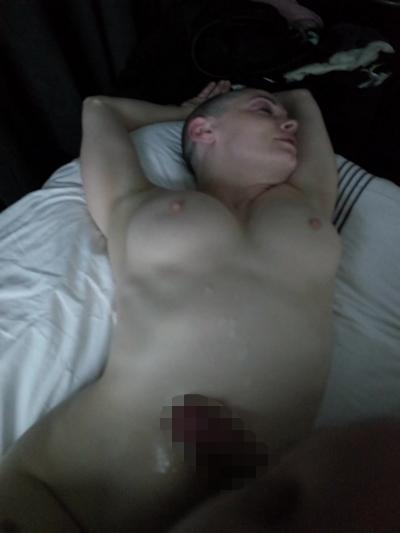 アメリカ女優 Rose McGowan (ローズ・マッゴーワン) セックステープ流出の画像 12