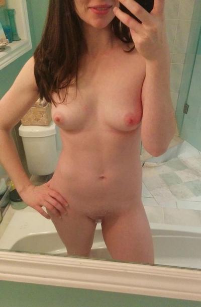 西洋素人美女の流出ヌード画像 19