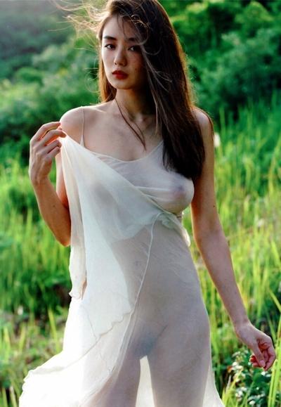 片山萌美 写真集 「Rashin ≪裸芯≫」