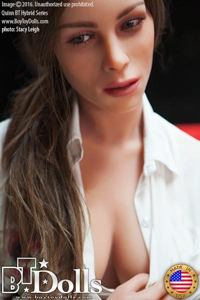 最新のセックスドール RealDoll2 のヌード画像 2