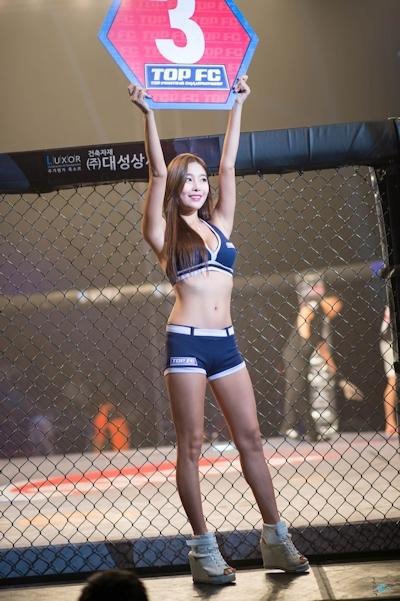 韓国の美人ラウンドガール画像 4