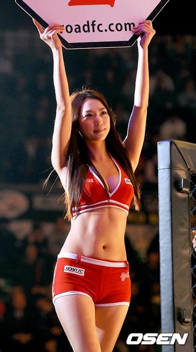 韓国の美人ラウンドガール画像 11