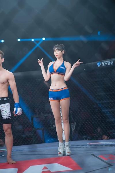 韓国の美人ラウンドガール画像 15