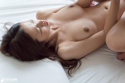 Fカップ美巨乳の20歳清楚系美女のセックス画像  12