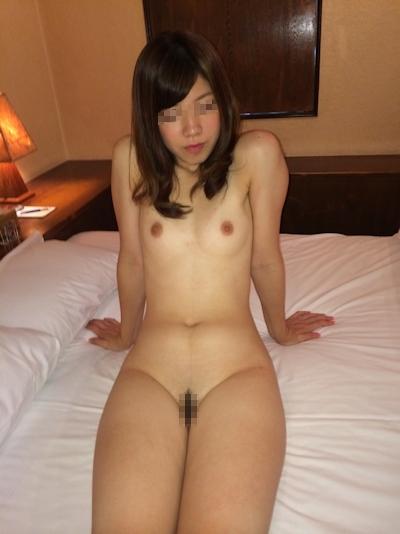 美微乳素人美女の流出セックス画像 1
