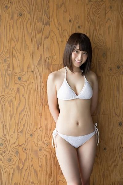 永井理子 セクシービキニ画像 11