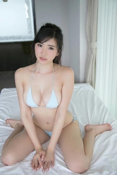 松嶋えいみ セクシーグラビア画像 9
