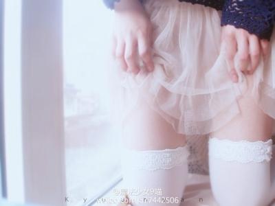 中国美少女コスプレイヤーのセクシー自分撮り画像 6