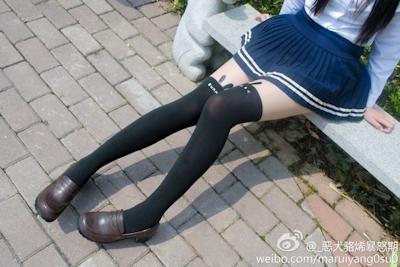 中国美少女コスプレイヤーのセクシー自分撮り画像 7