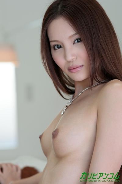 丘咲エミリ ヌード画像 5