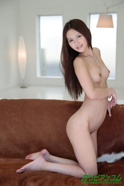 丘咲エミリ ヌード画像 6