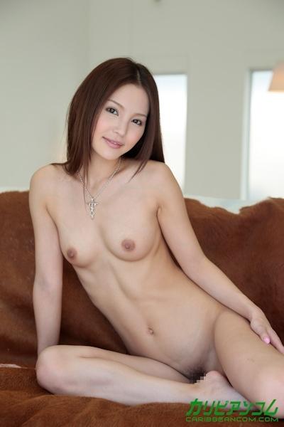 丘咲エミリ ヌード画像 8