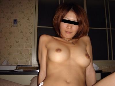 美乳なガールフレンドのセックス画像 1