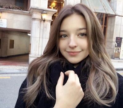 ロシア美少女モデル Angelina Danilova(アンジェリーナ・ダニロワ) 1