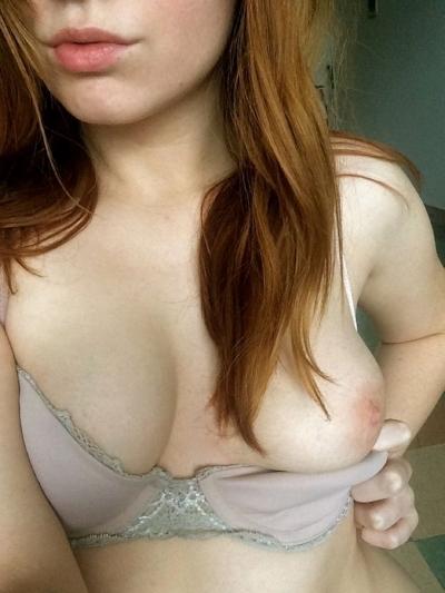 金髪美女の自分撮りヌード画像 7