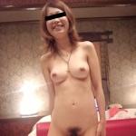 美乳な日本の素人美女をラブホで撮影したプライベートな流出ヌード画像